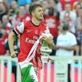 Doi-van-thanh-nguoi-hung-cua-Arsenal